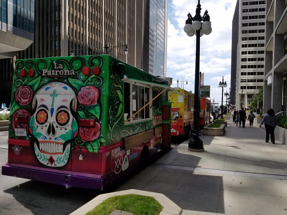 Chicago Food Trucks lined up ready for service